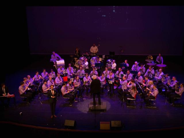 Muziekclubs nemen publiek mee naar Wenen, New York en de Copacabana